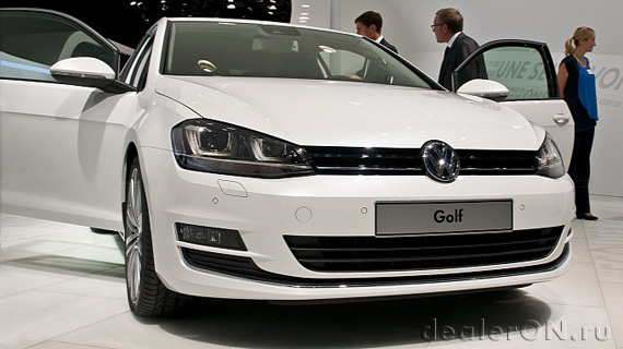 VW Golf IV в Париже / Фольксваген Гольф 7